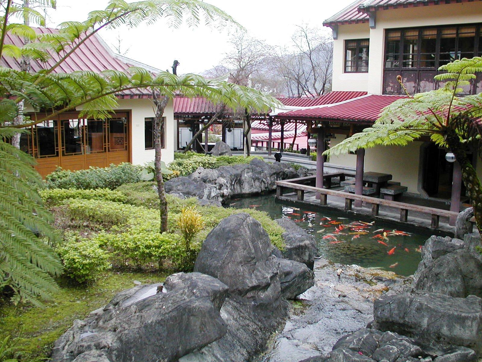 台湾の坪林の茶芸館の庭園