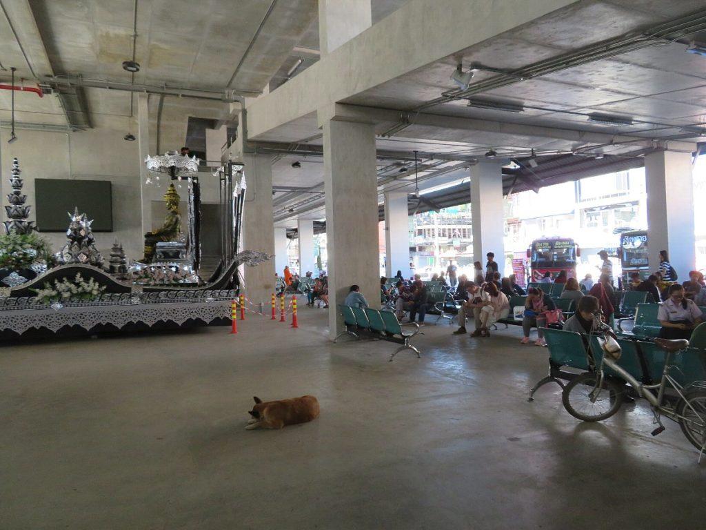 チェンライのバスターミナル